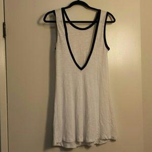 Deep V back Heathered  white dress casual