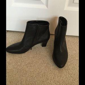 ARA Shoes - ARA Gortex Booties NWOT Size 9