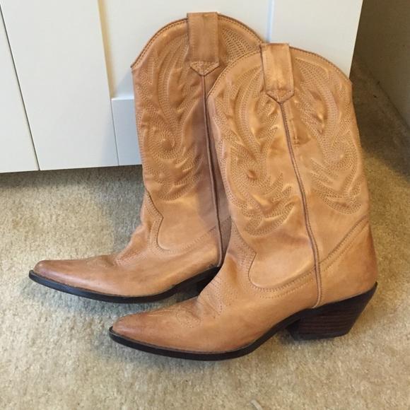 3e738249a42 ALDO cowgirl boots