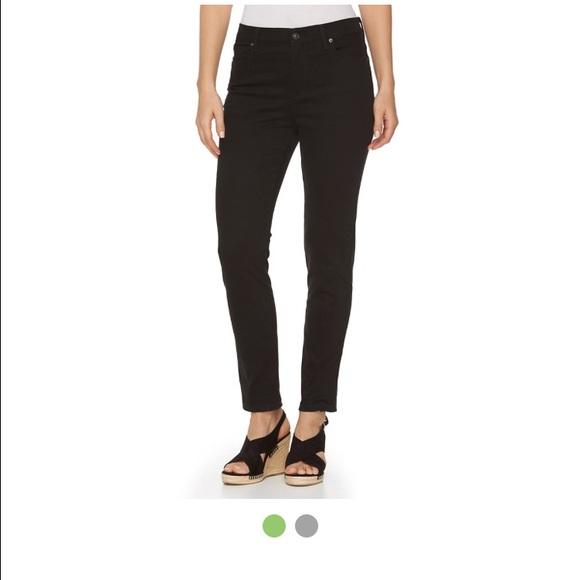 dd1e246aa03 NWT Gloria Vanderbilt Size 20 W Short Amanda Jeans