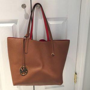 314015eb5164 Michael Kors Bags - Michael Kors Izzy tote reversible!