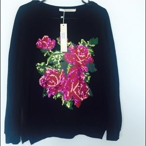 Black sweater with Sequin Flowers 🌺✨ | S/M | NWT