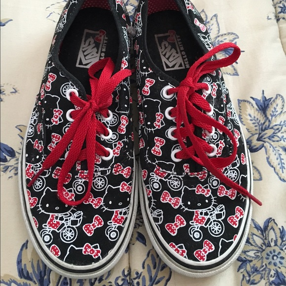 4c8f0adec8 Hello Kitty Shoes - Hello Kitty Vans (Black