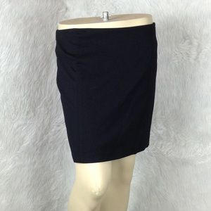 🆕LISTING White House Black Market Skirt