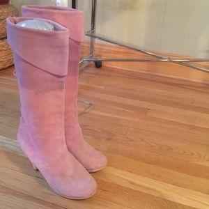Vintage pink suede boots - size 7 - wooden heel