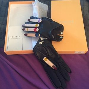 Causse gantier Accessories - Brand new AUTH Causse gantier leather gloves