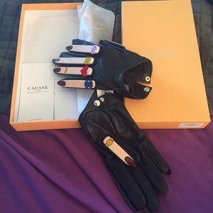 Causse gantier Accessories - Brand new AUTH Causse gantier leather gloves