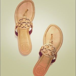 DISO SIZE 9/9.5 TORY BURCH MILLERS ANY COLOR.