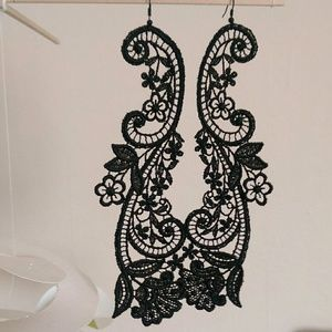 Jewelry - Black lace earrings