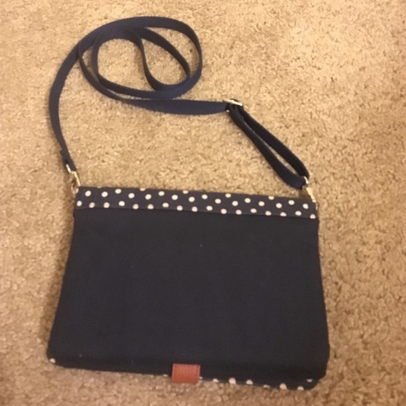 70% off Handbags - Thirty One Side Purse from Katelynn's closet on ...