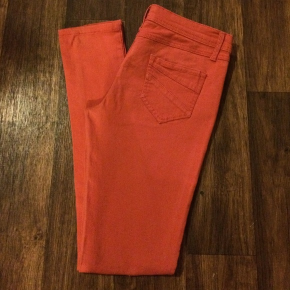 CUTE🌹Coral Colored Skinny Jeans