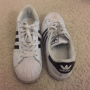 385f55a8ed0f Adidas Shoes - Lightly used adidas superstars