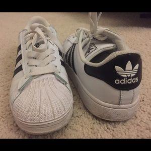 Le Donne Usavano Scarpe Adidas Superstar BCd7z