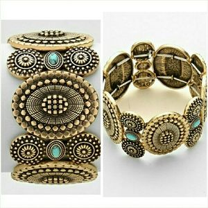 Burnished gold and turquoise stretch bracelet