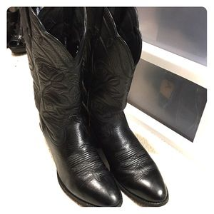 black ariat cowboy boots on Poshmark