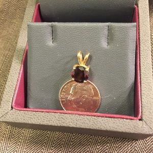 Jewelry - Genuine round garnet pendant in 14k