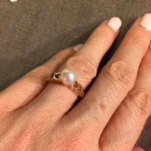 Jewelry - Genuine pearl and 14k ring size 4