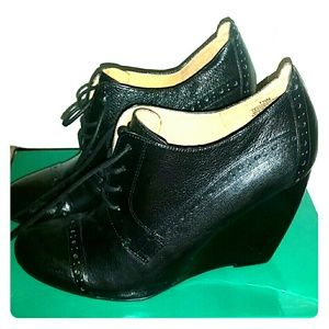 Nine West Oxford Wedge Shoes Size 7.5