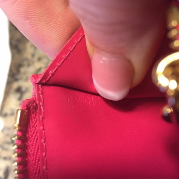 Louis Vuitton Bags - ❤️ sold ❤️Auth Louis Vuitton Rose Pop Cles EUC