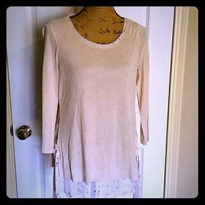 Feminine two layer blouse!!