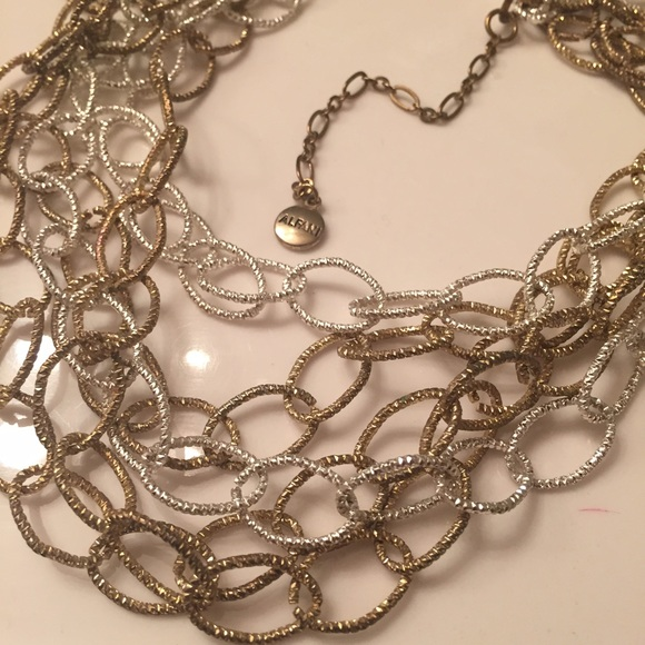 Jewelry - Gold and silver linked necklace