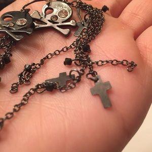 Jewelry - Dangly Skull and cross earrings