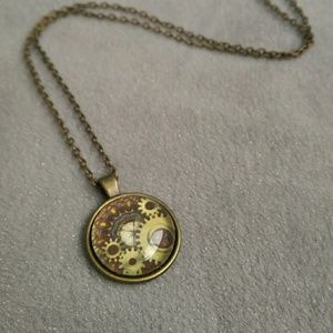 Jewelry - NWOT Steampunk gears bubble necklace