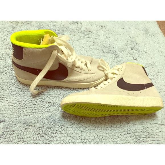 Nike Shoes | Vintage Style Nikes | Poshmark
