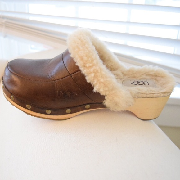60a33f6a224 Ugg Australia Kalie Leather and Shearling Clogs