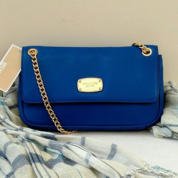 239f7915b75e Michael Kors Bags | New Sale Jet Set Chain Small Flap Bag | Poshmark