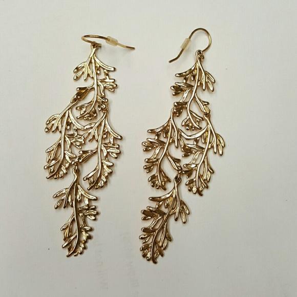 Stella And Dot Grace Chandelier Earrings
