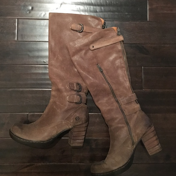 f15c6e0f801 REDUCED Born knee high boots