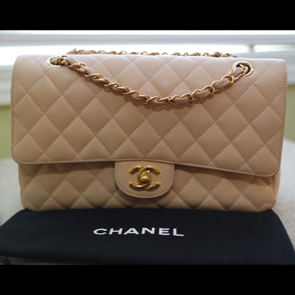 a7f374cee51f CHANEL Handbags - AUTHENTIC Chanel 2.55 Classic Flap-gold hardware