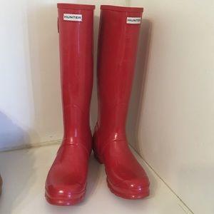 Hunter tall gloss boots