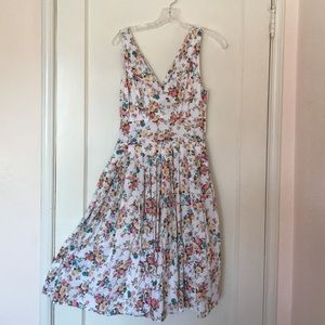 Aryeh Dresses & Skirts - Gorgeous Floral Full Dress