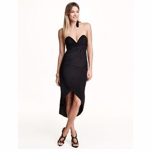 Black bandeau strapless dress