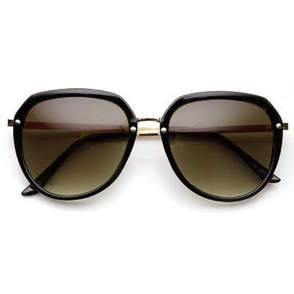 9b6476eb9b5 Oversize 80 s Retro Sunglasses in Black and Gold