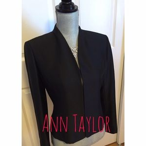 ⚜Stunning Black Suit Jacket by Ann Taylor-NWOT🔱