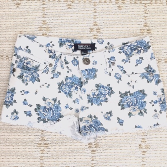 Forever 21 Shorts - Like NEW Forever21 floral blue/white denim shorts