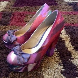 Amazing Multicolored Heels in like new condition