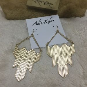 Adia Kibur Jewelry - ONLY 2 LEFT ✔️Gold tone  chandelier earrings