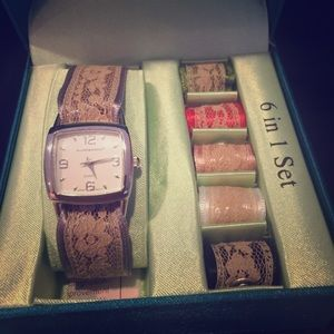 Hillard and Hanson Accessories - Hillary and Hanson Watch/Changeable Bands!