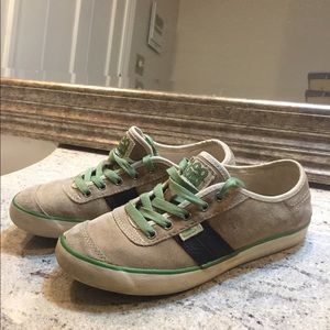 Simple Shoes - Simple Eco Friendly Sneakers