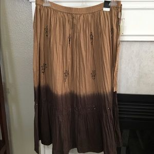 Lane Bryant Dresses & Skirts - 🎉HP🎉 💸SALE💸 Ombré crinkle maxi skirt