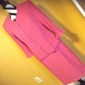 Nice fuchsia Skirt Suit sz.10 100%polyester