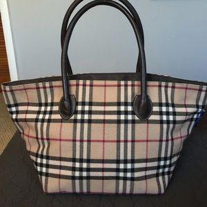 Burberry Handbag Label