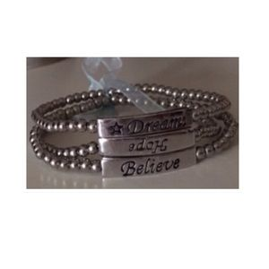 NWOT Set of 3 bracelets 💞Believe, Dream, Hope💞