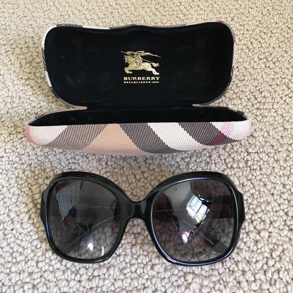 7aa08f648901 Burberry Accessories | Oversized Black Sunglasses Authentic | Poshmark
