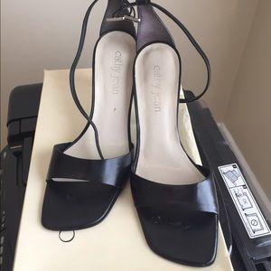 Shoes - Nice black heels.