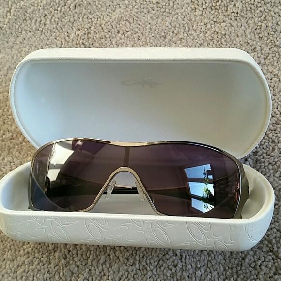 e97ef3cd0a Oakley  Dart  Sunglasses Comes with case! M 56d0c95e13302a8a3401cf15